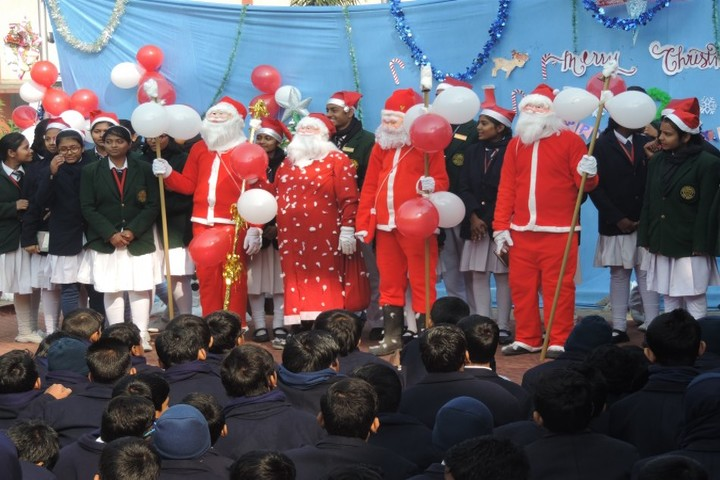Holy Cross School-Christmas Celebrations