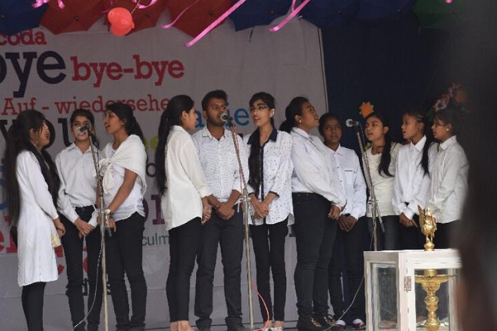 Holy Cross School-Singing