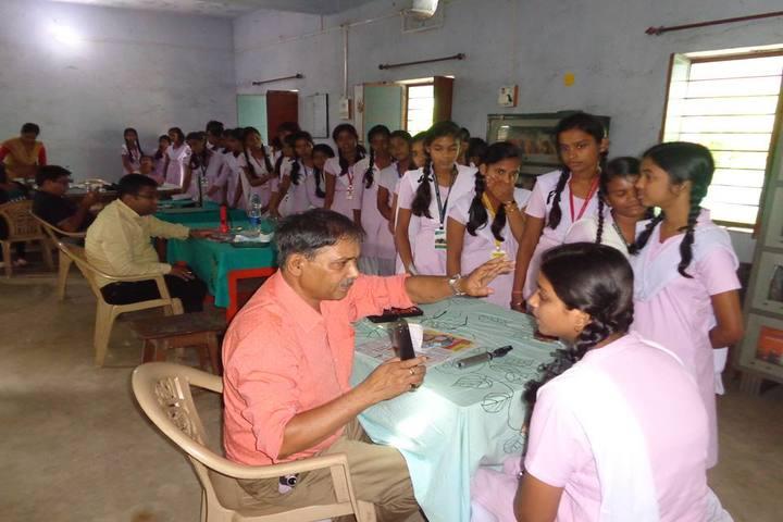 Kasturba Shree Vidya Niketan - Health checkup