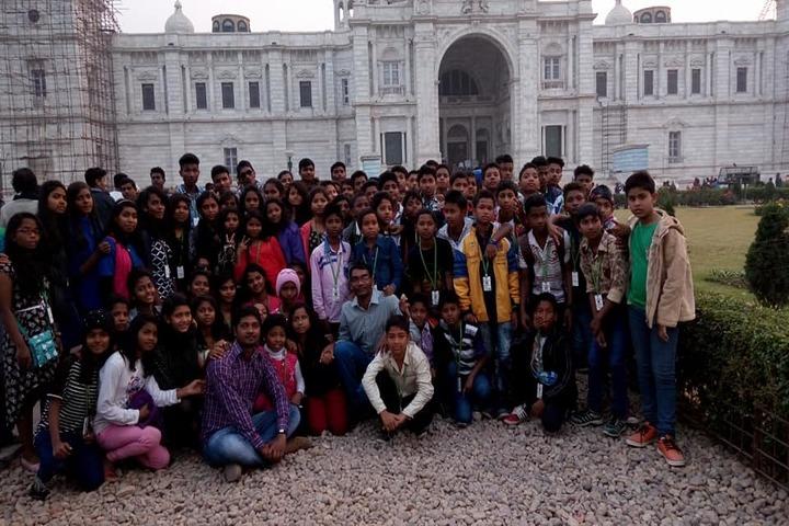 Kerala English Medium School-Educational Tour