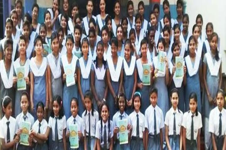 Krishna Sudershan Central School-Group Photo