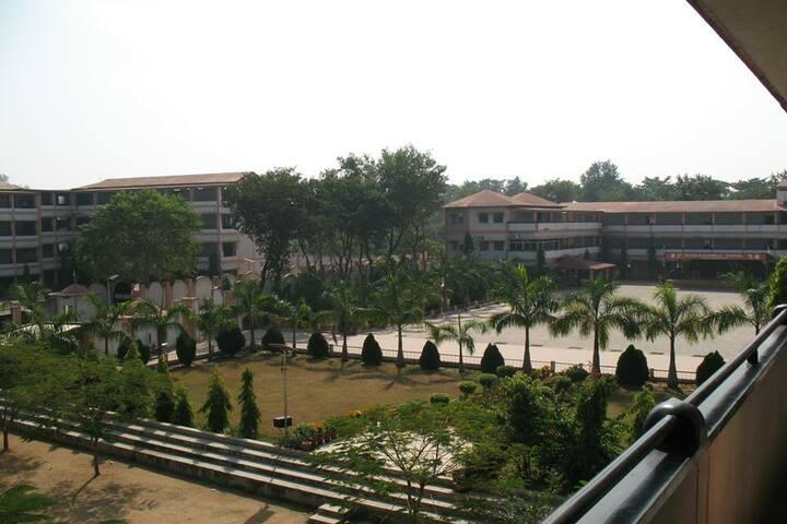 M K Dav Public School-School Building