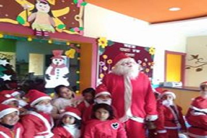 Modern Public School-Christmas Celebration