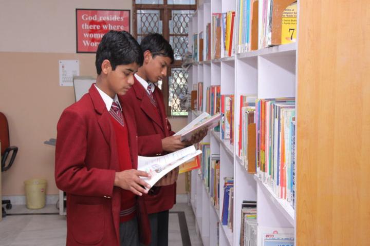 Montfort Academy-Library