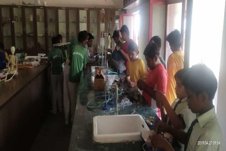Mount Litera Zee School-Lab