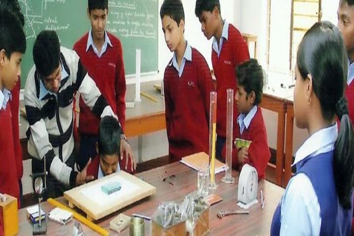 NML Kerala Public School-Lab