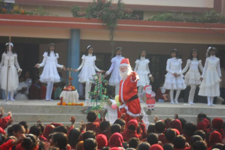 Notre Dame School-Christmas Celebration