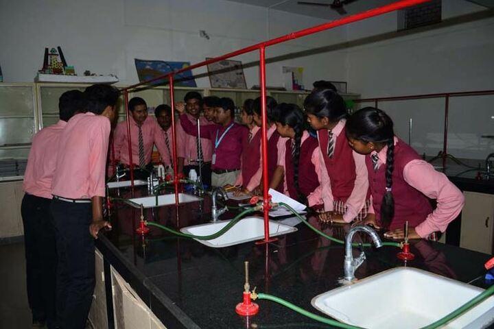 Sacred Heart School-Chemistry Lab