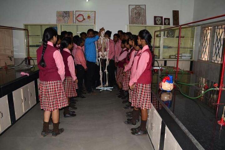 Sacred Heart School-Physics Lab