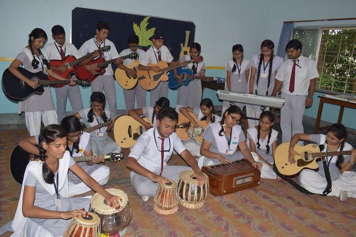 Sant Nand Lal Samriti Vidya Mandir-Music Room