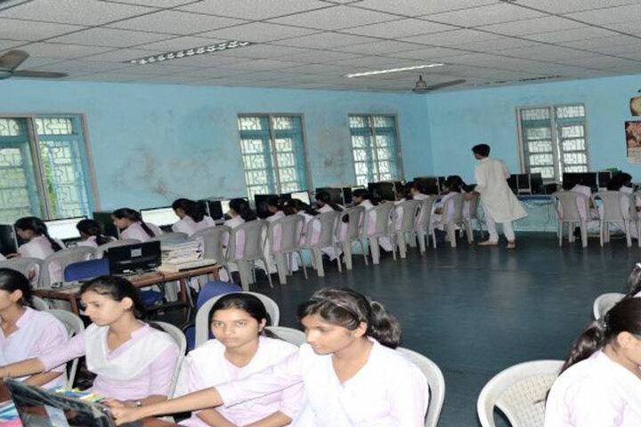 Saraswati Shishu Mandir-Computer Lab