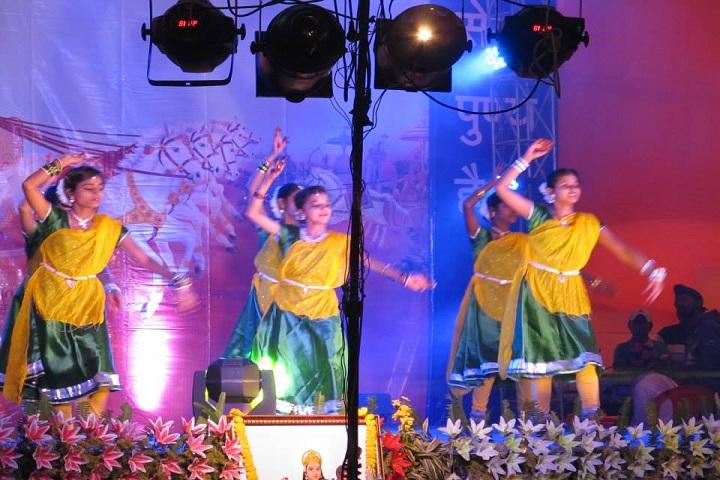 Saraswati Shishu Mandir-Dance Activity