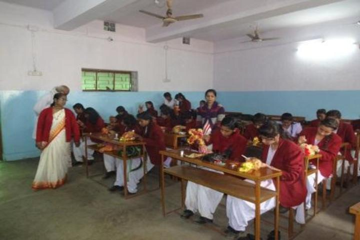 Saraswati Vidya Mandir-Art And Craft