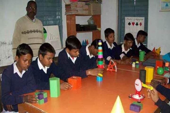 Sarswati Shishu Vidya Mandir-Maths-Lab