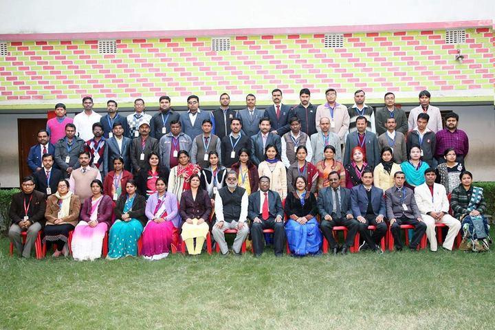 Savitri Devi D A V Public School-Staff