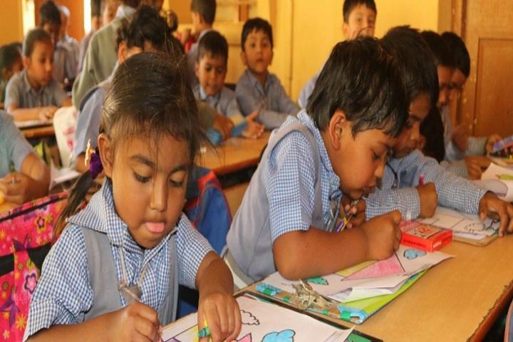 Shalom School-Kids-Class