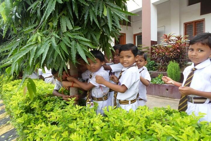 Shradhanand Bal Mandir Senior Secondary School-Students