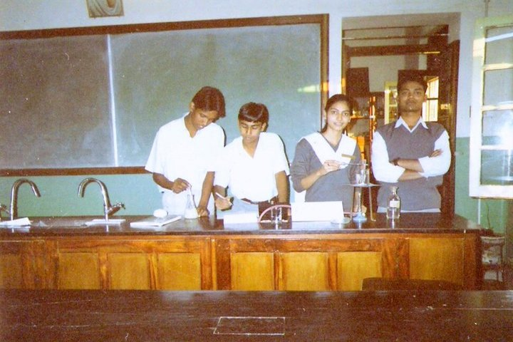 St Xavier S School-Science Lab