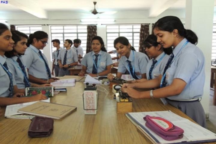 The Pentecostal Assembly School-Physics Lab