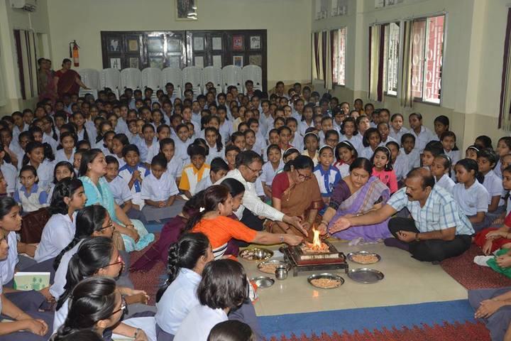 Vidya Bharati Chinmaya Vidyalaya-Pooja