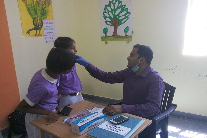 Akshara School-Medical Check up
