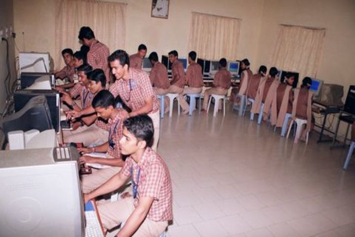 Amrita Vidalayam-Computer Lab