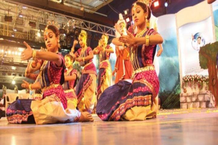 Amrita Vidyalayam-Dances