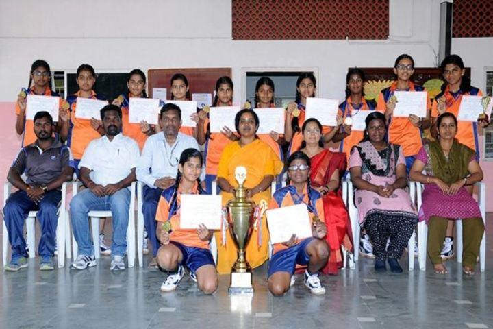 Amrita Vidyalayam-Prizes Distribution