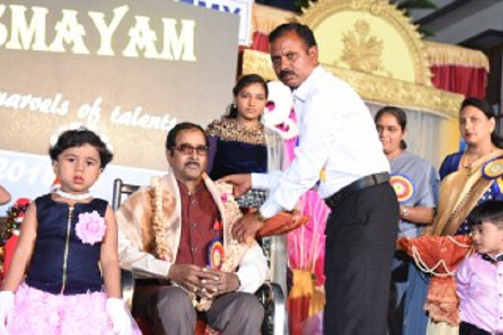 Aradhana Higher Primary School-Honouring the Guest