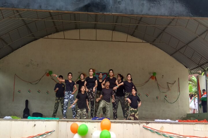 Army Public School-Independence Day Dances2