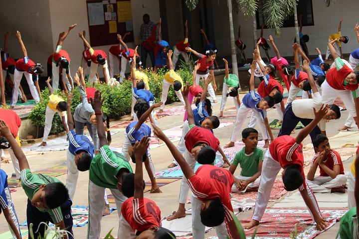 B B Hanji International School-Yoga