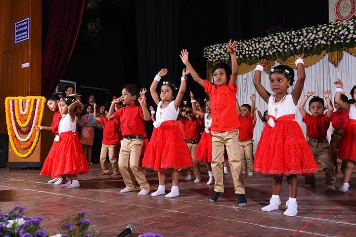 B B U L Jain Vidyalaya-Dances