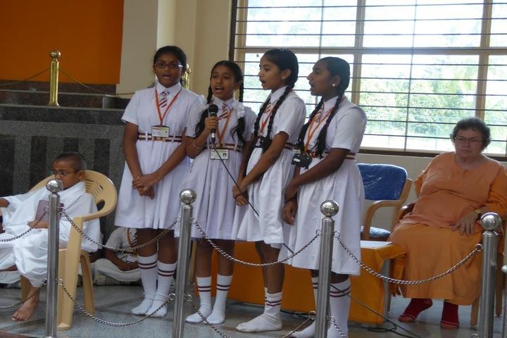 Badarikashrama Vidyashala-Singing