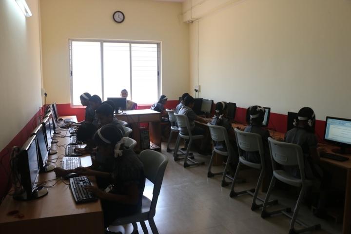 Bharatesh Central School-Computer Lab