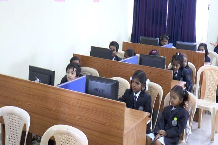 Bharatiya Vidya Bhavans Dr D Krishnamurthy Smt Shakuntalamma Memorial School-Computer Labs