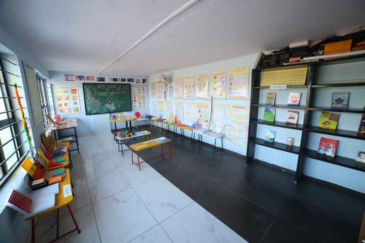 Bright Land English Medium School-Labs