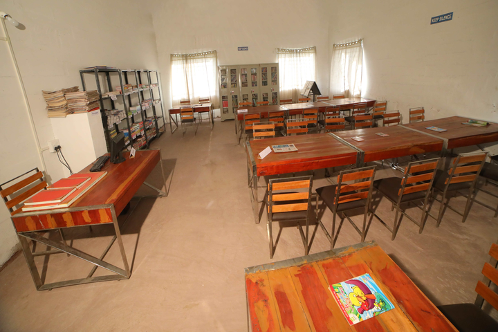 Bright Land English Medium School-Library