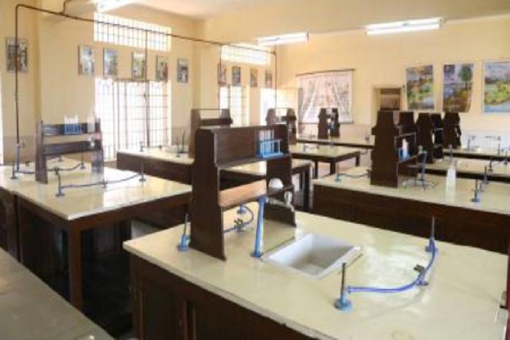 Carmel School-Chemistry-Lab