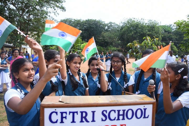 Cftri School-Independence day