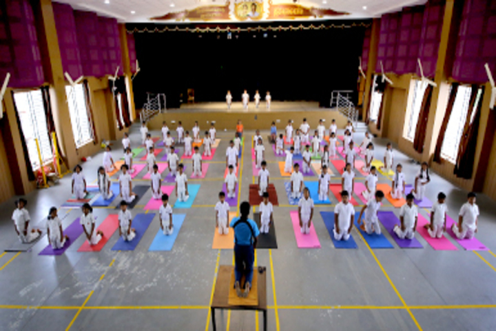 Chitrakoota School-Yoga