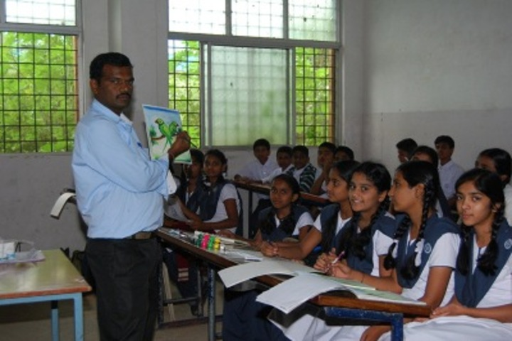 CKS English School-Drawing Class