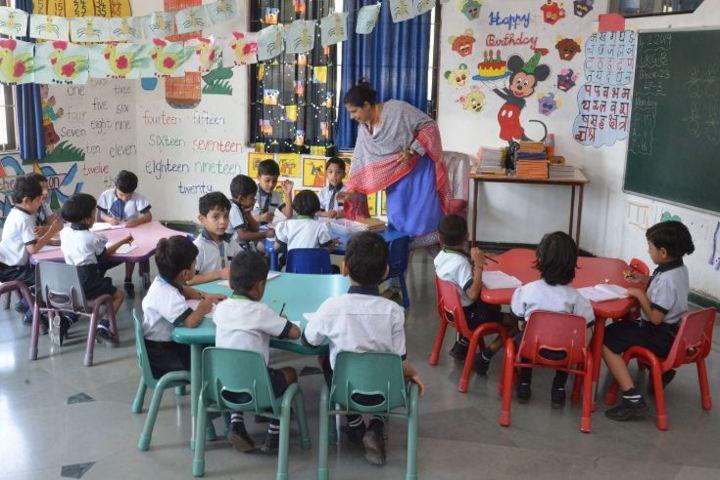 Daffodils School Of Education-Kids Room