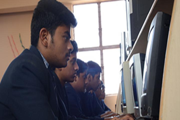 Dayananda Arya Vidya Public School-Computer Lab