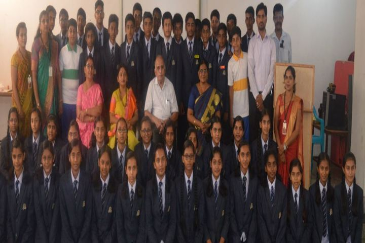 Dayananda Arya Vidya Public School-Staff And Students