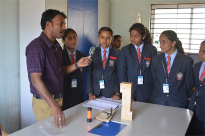 Deeksha Heritage School-Physics Lab