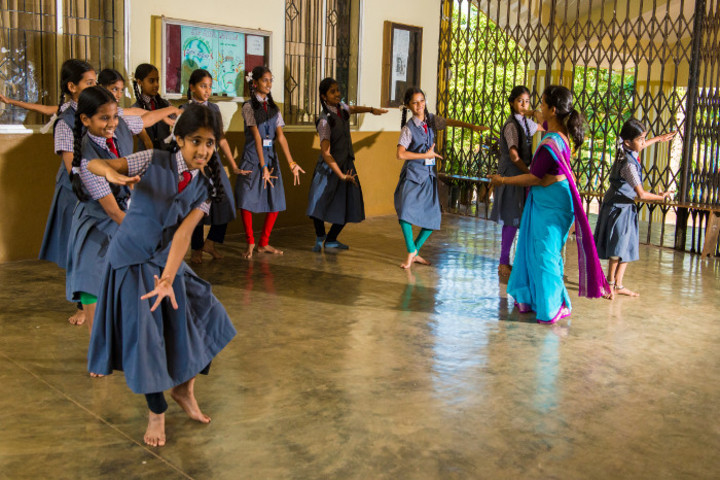 Dr M Ramanna Shetty Memorial English Medium High School-Dance Room