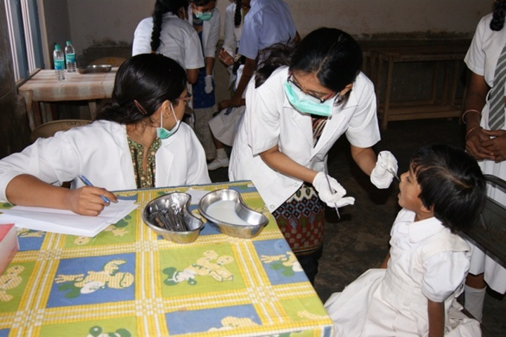 Gnanajyothi School-Health Checkup