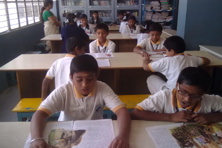 Green Valley English School-Library