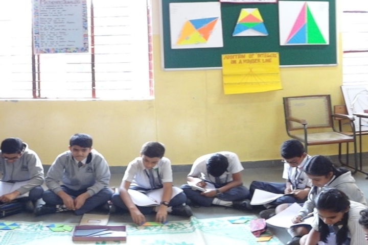 Hal Public School-Maths Lab