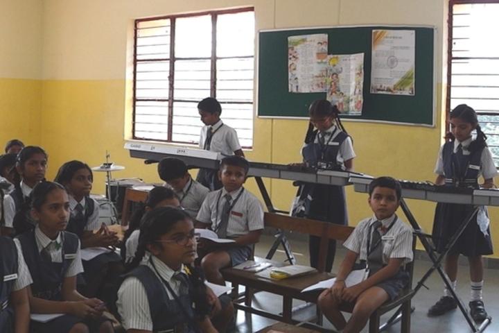Hal Public School-Music Class